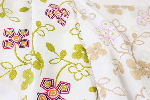 coton brodé fleurs