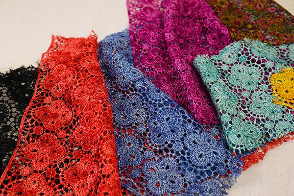 guipures multicolores